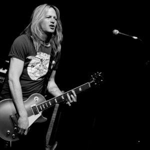 Whitesnake (Doug Aldrich, Brian Tichy and Michael Devin) @ Voodoo Rooms, Edinburgh 30/03/2012