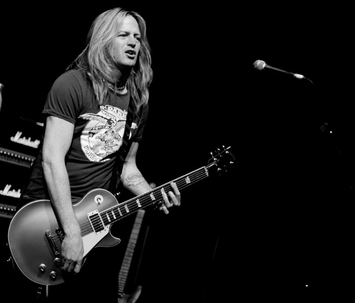 Whitesnake (Doug Aldrich, Brian Tichy and Michael Devin) @ Voodoo Rooms, Edinburgh 30/03/2012
