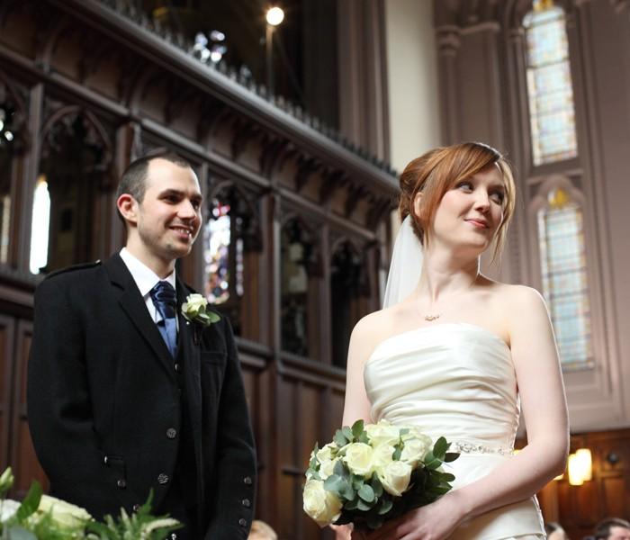 Jen & Matt - A beautiful Glasgow Easter Wedding 7th April 2012