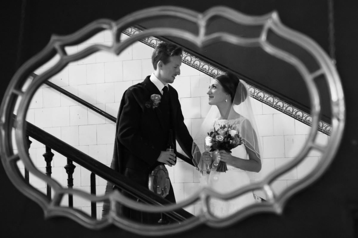 29-glasgow-wedding-stylish-photos