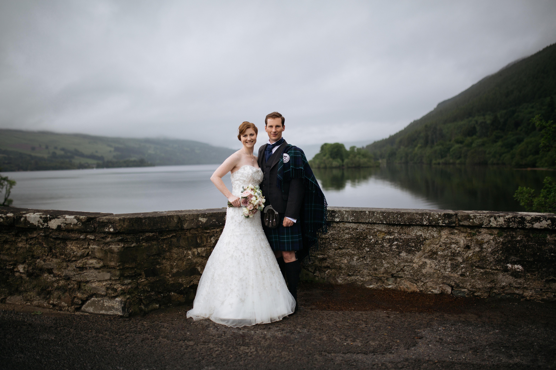 loch tay aberfeldy wedding photographer creative scottish marquee wedding mains of taymouth
