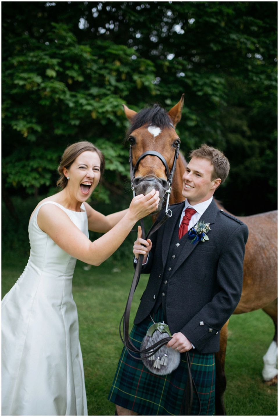 broxmouth Park wedding photos horse bride