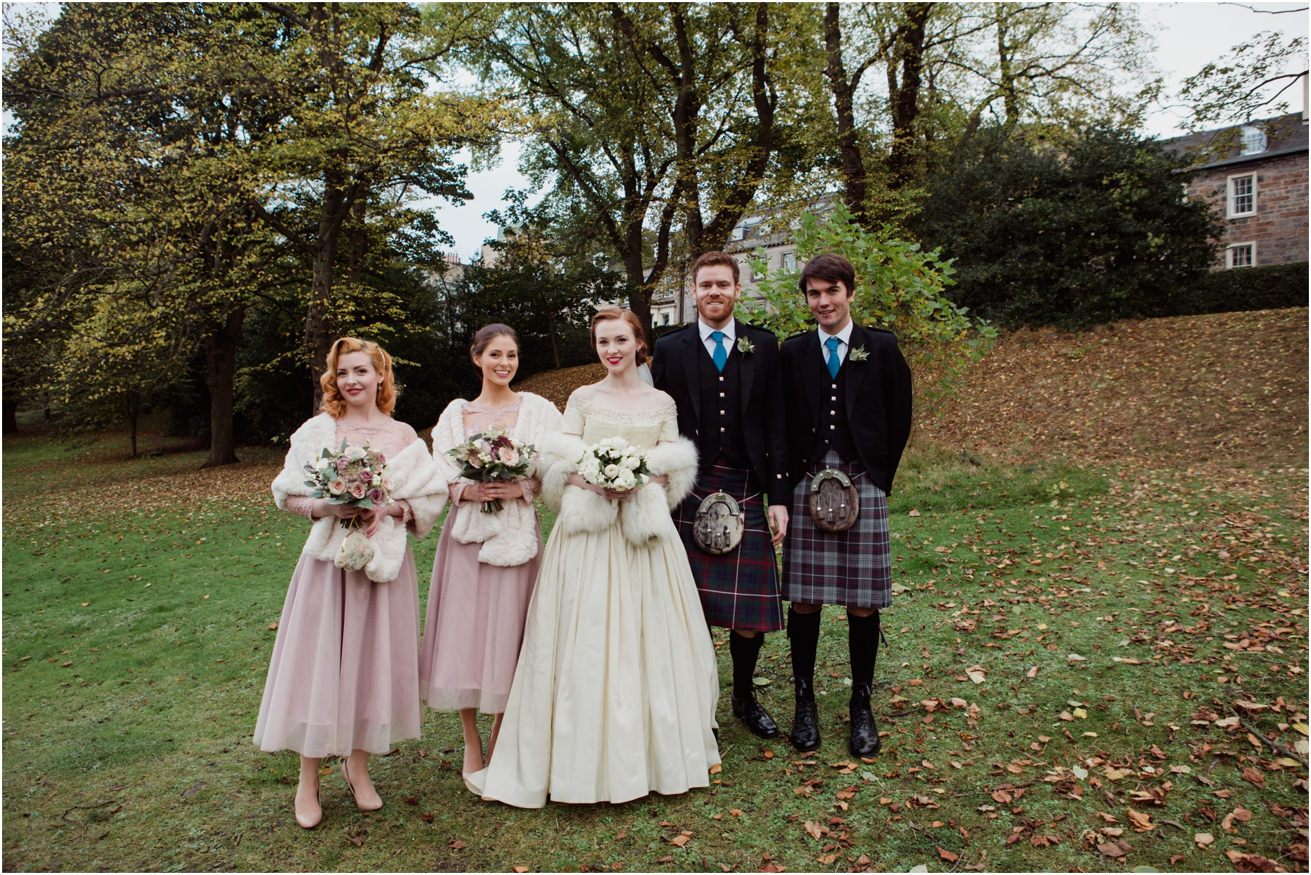 Stunning Vintage Wedding At Canongate Kirk And Royal