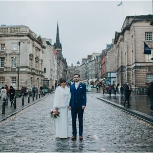 Stylish winter Edinburgh elopement - Hannah & Thomas