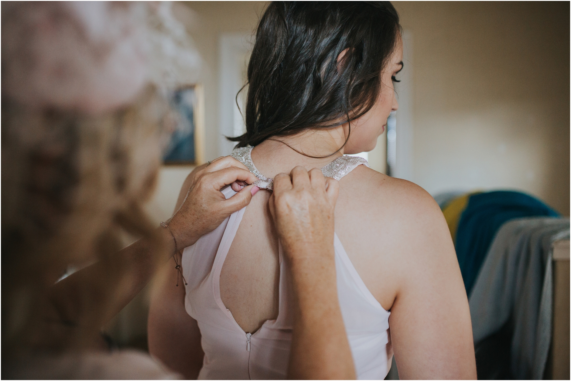 bride getting ready for wedding at thomas morton hall
