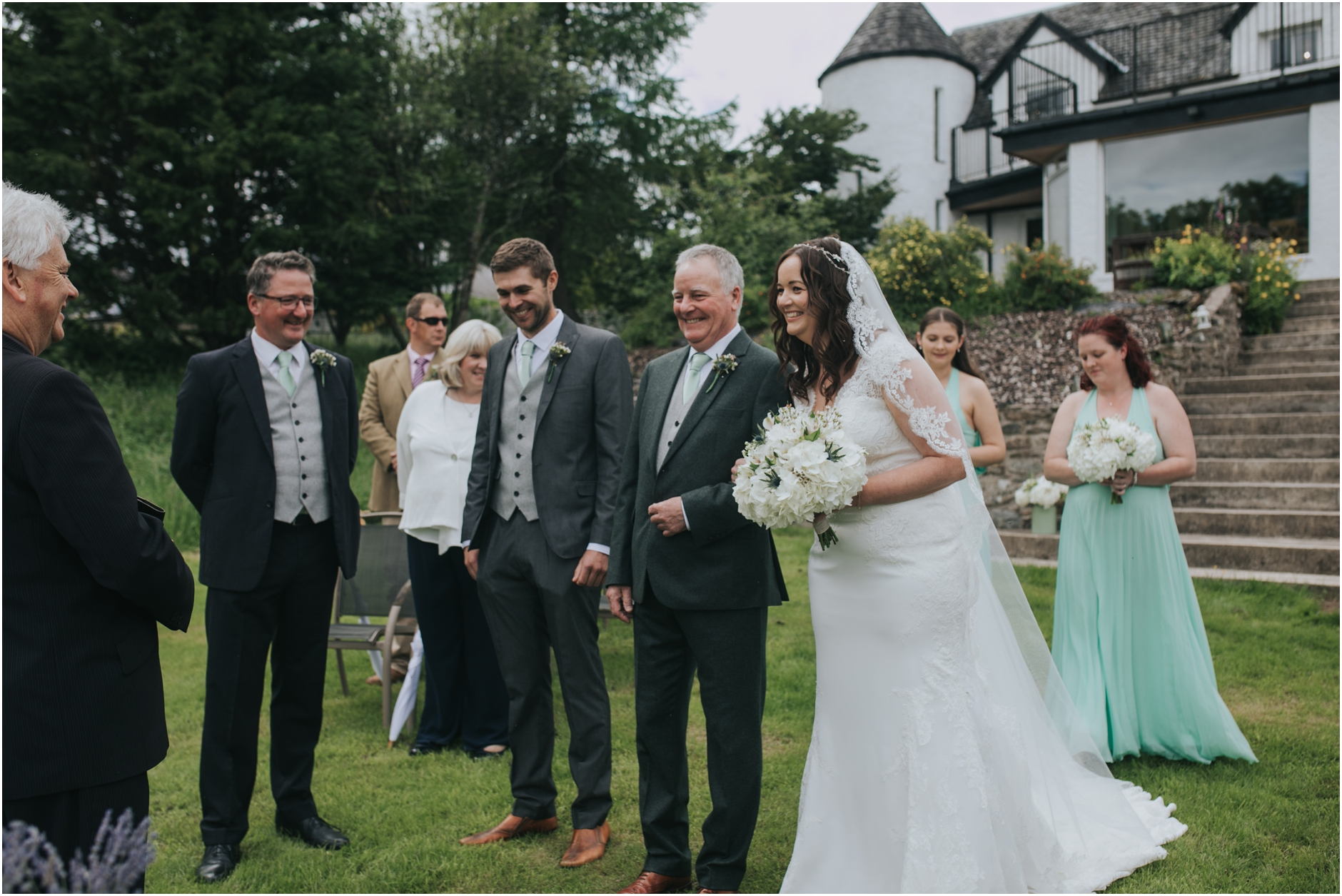 scottish summer wedding at loch tay craggantoul