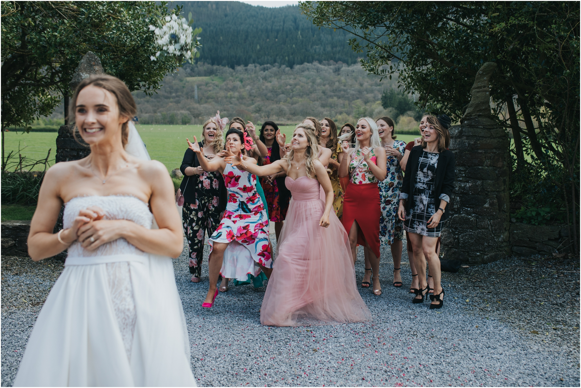 scottish highlands wedding bouquet toss