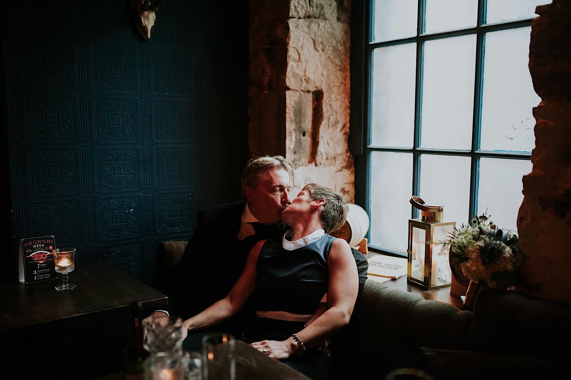 creative modern edinburgh wedding photography