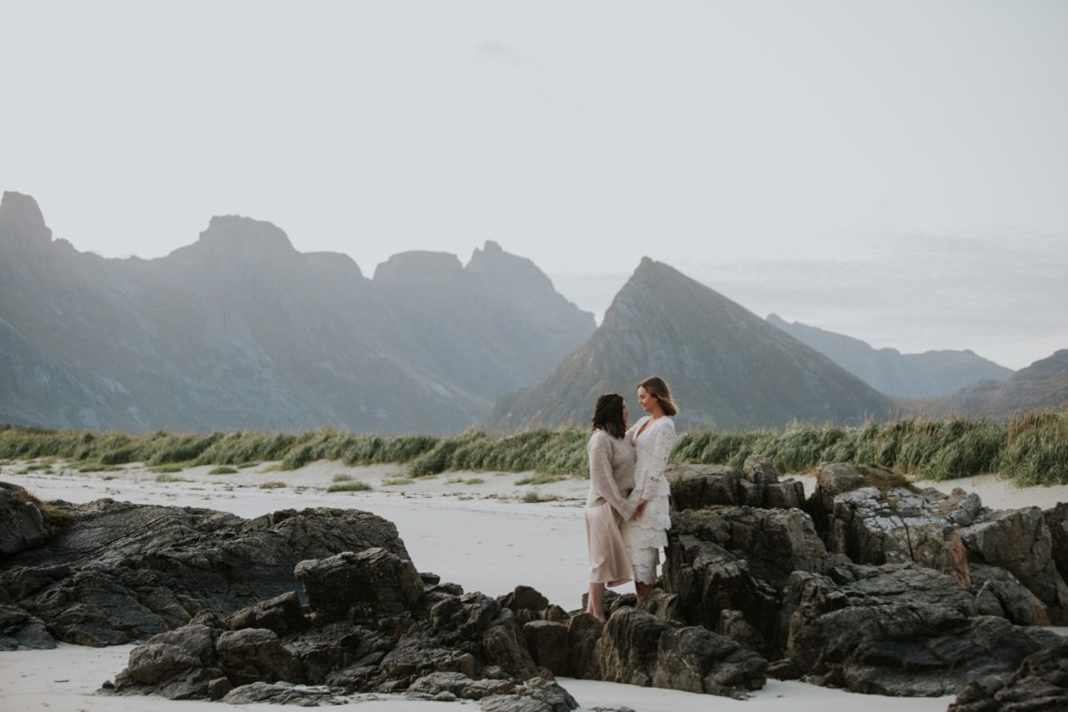 lofoten norway elopement photographer wedding