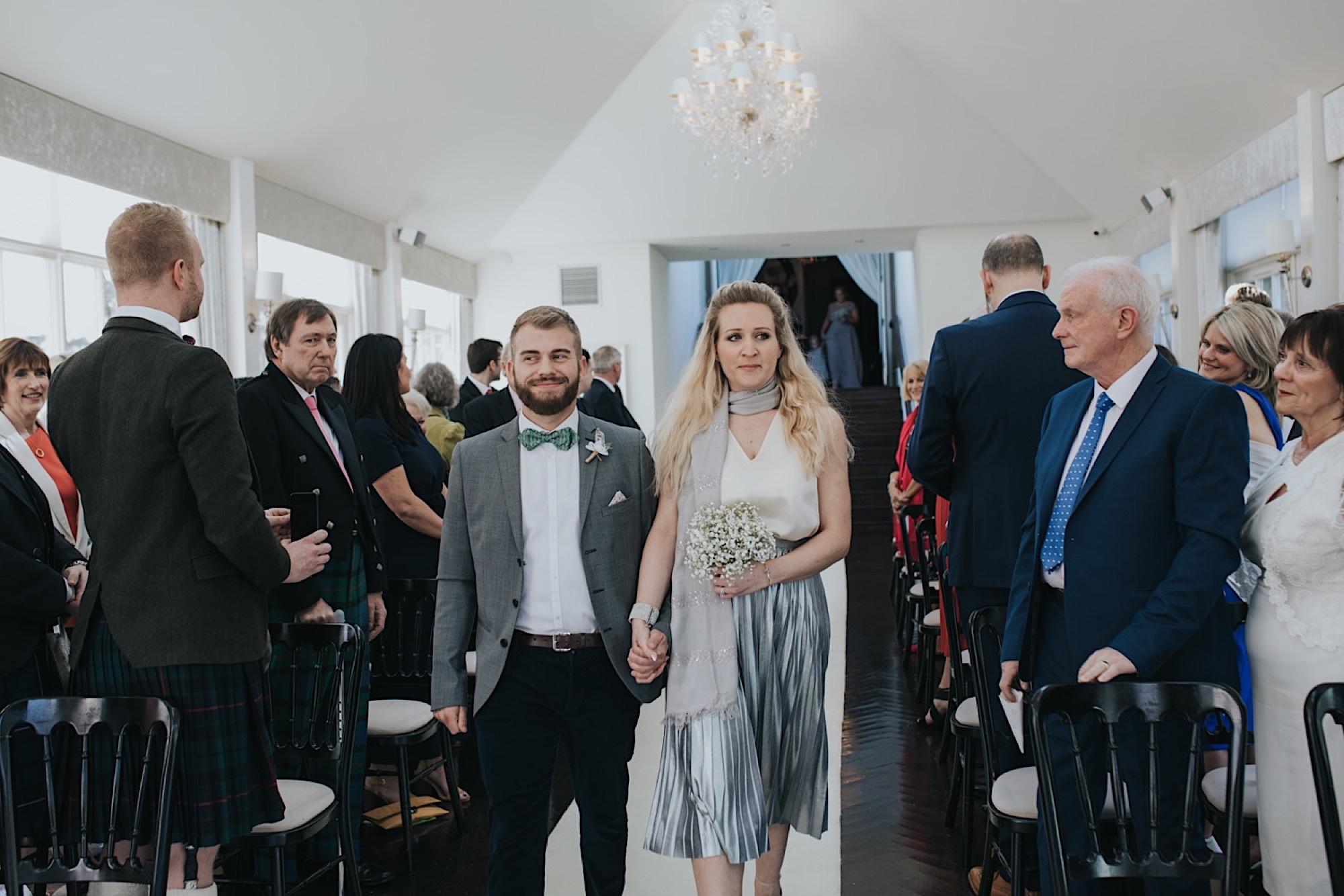 stylish carlowrie castle wedding