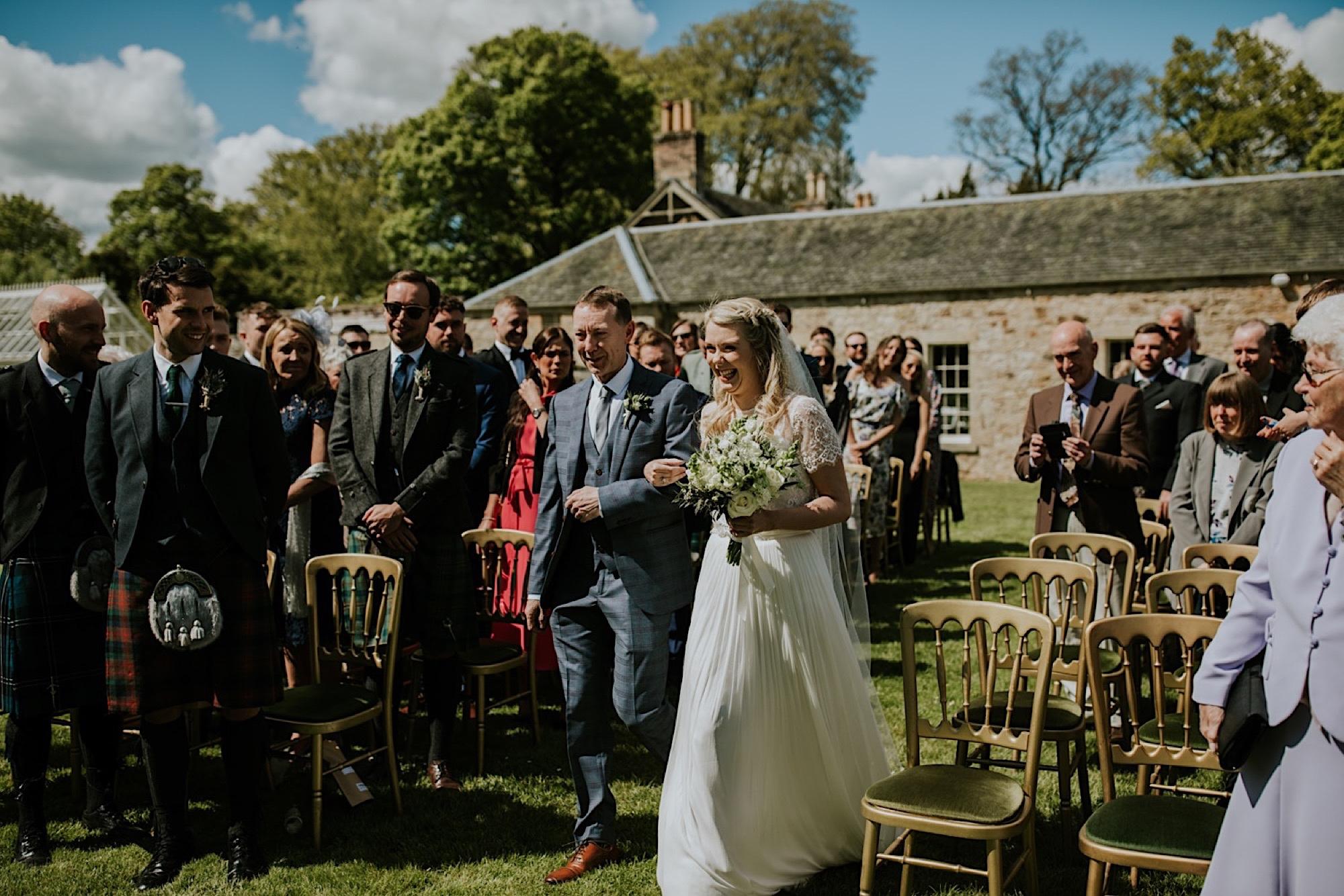 kirknewton stables wedding photos edinburgh