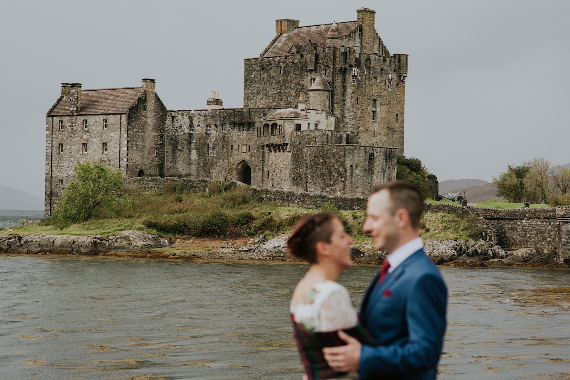 eilean donan castle wedding photos
