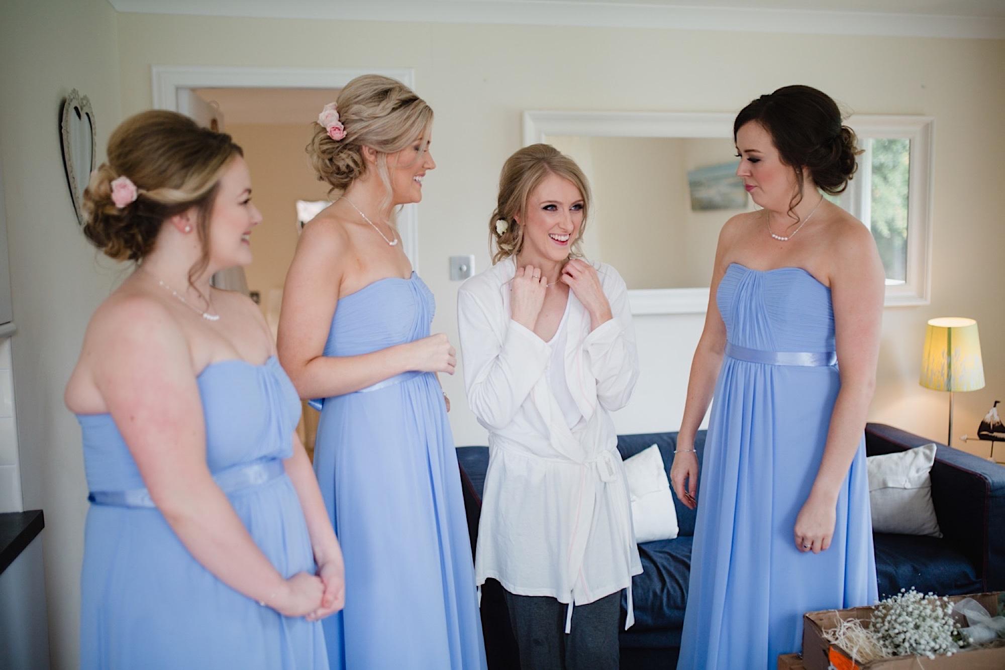bride getting ready wedding at cruin loch lomand
