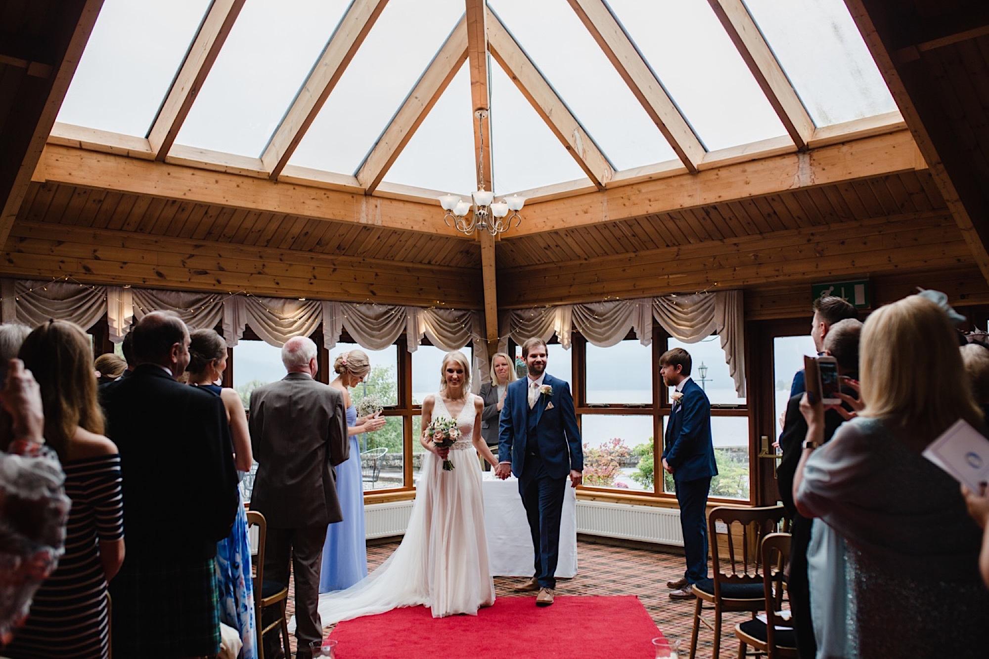 the cruin loch lomand wedding ceremony